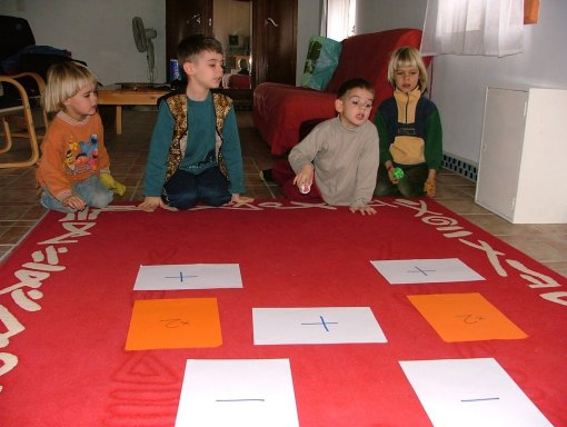 Play and learn maths - Home Education in mathematics